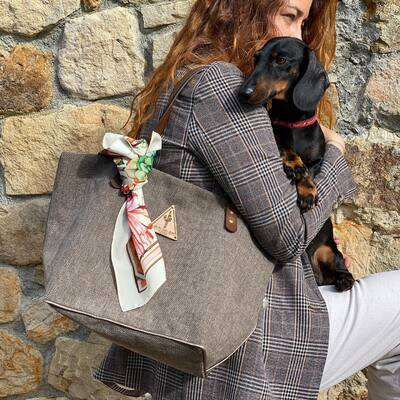 El bolso lima en color topo, un básico en toda regla!  #jenesaisquoibolsos #dailybag #noseason #shopperbag