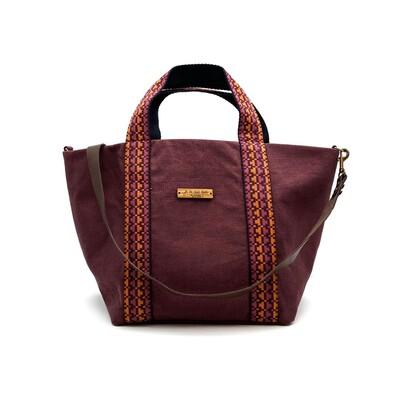 𝐍𝐔𝐄𝐕𝐎 𝐄𝐍 𝐋𝐀 𝐖𝐄𝐁 Shopper Loira Burdeos con cinta a juego en tonos naranjas y morados.  #shopperbag #bestgift #custombag